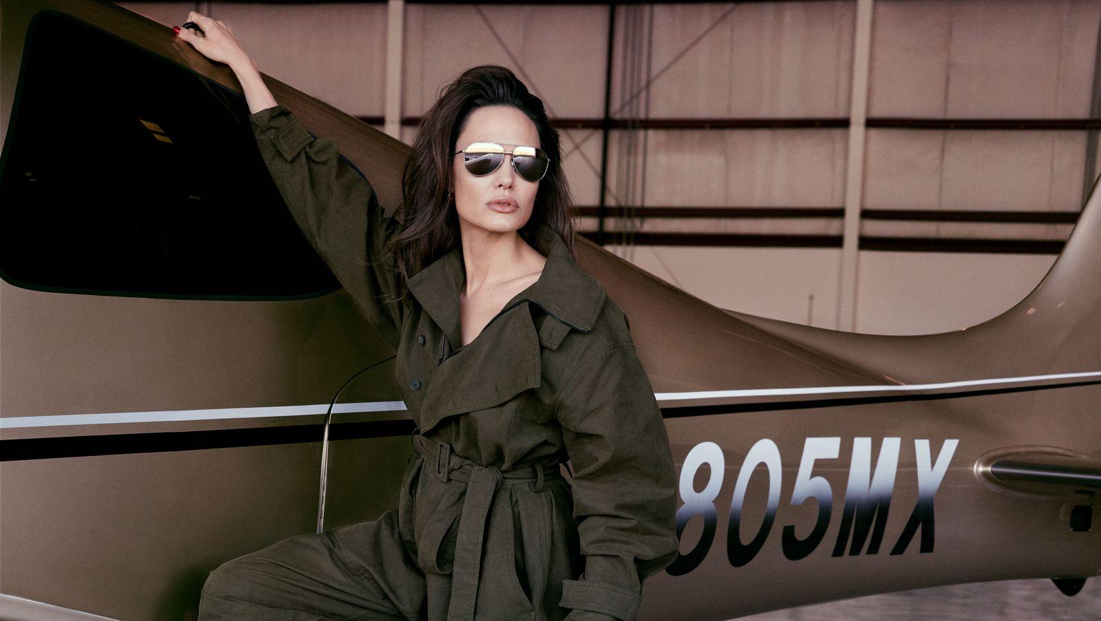 Angelina Jolie por Alexi Lubomirski para Elle