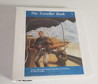 Traveller. I universe in a 3-Ring Binder.