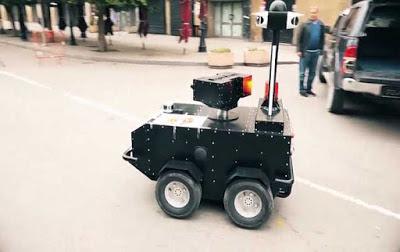 روبوت تونسي الصنع 100% يتجول في الشوارع لمراقبة الحجر الصحي