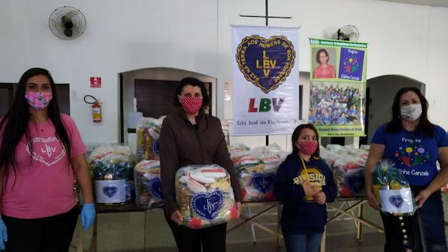 LBV realiza doação de cestas básicas para famílias carentes