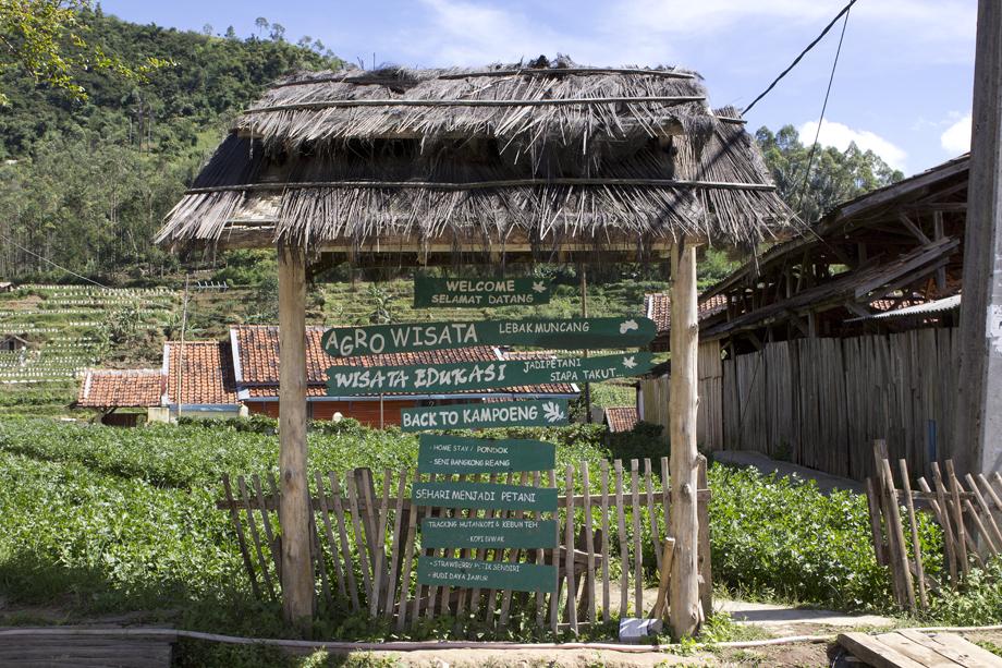 Desa Lebakmuncang Disbudpar Kab Bandung