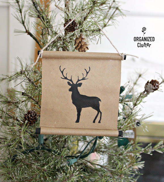 Easy DIY Brown Paper Scroll Christmas Tree Ornaments #kraftpaper #crafting #stencil #Christmas #JoannFabric #scroll #brownpaper #treeornaments