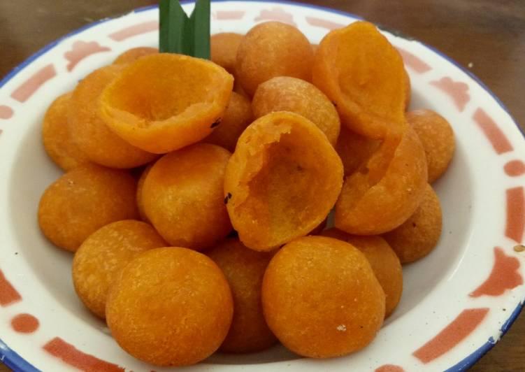 Resep dan Tips cara membuat Bola ubi kepong yang renyah