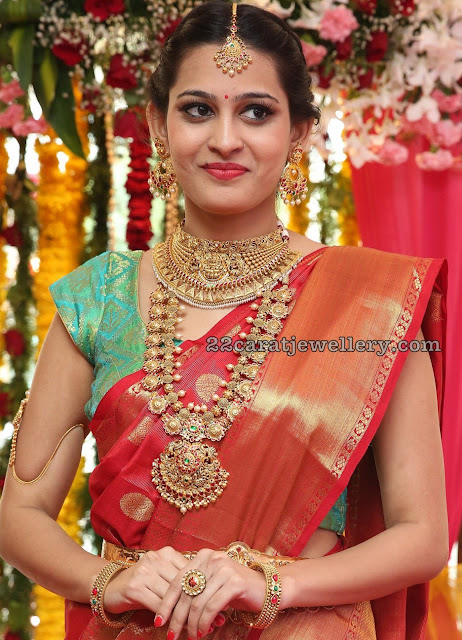 Swetha Jadhav Antique Bottu Mala