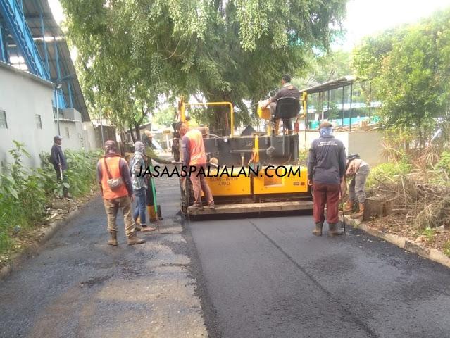 Jasa Aspal Jalan Hotmix Murah Terkemuka di Jakarta Bogor Depok Tangerang BSD City Serpong Bekasi dan Jawa Barat Harga Mulai Rp50.000 per Meter
