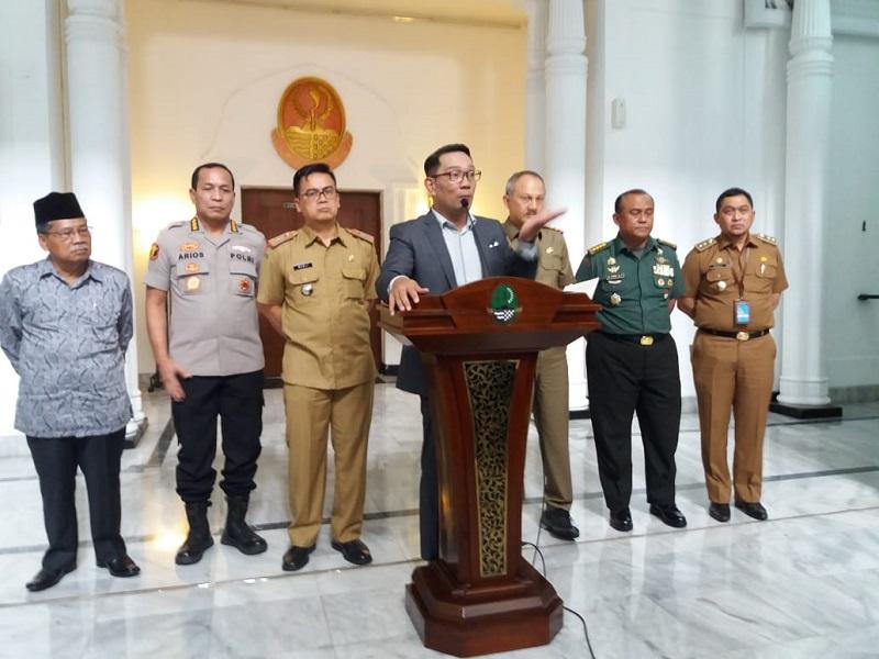 Gubernur Jabar Minta Kabupaten/ Kota Segera Bentuk Crisis Centre Covid-19