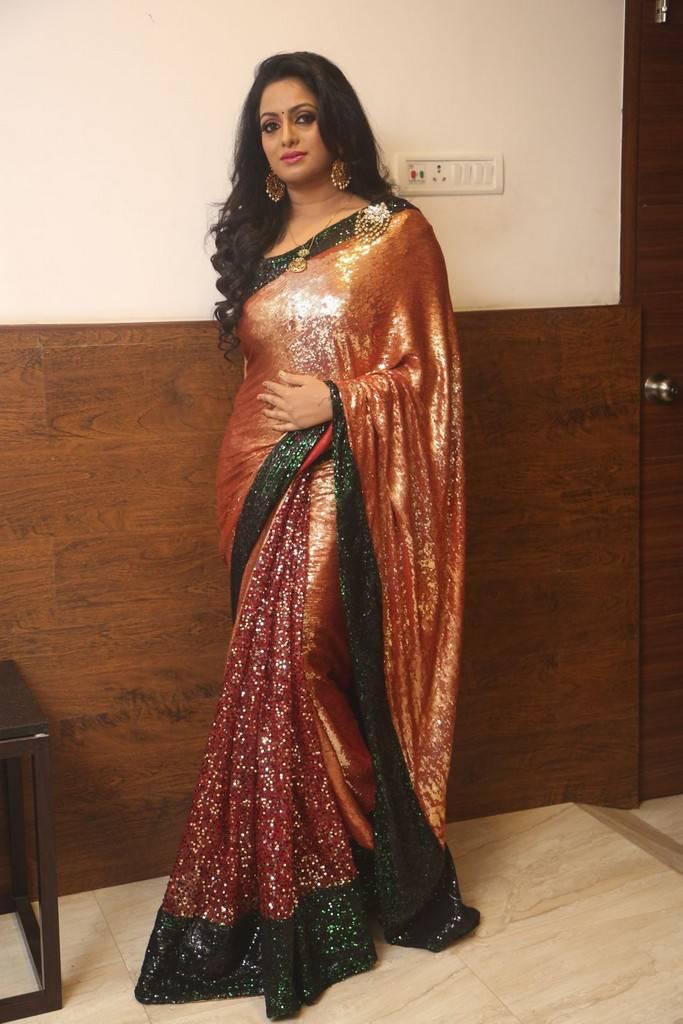 udaya bhanu sexy pics