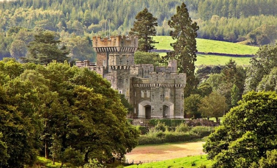 Wray Castle Images
