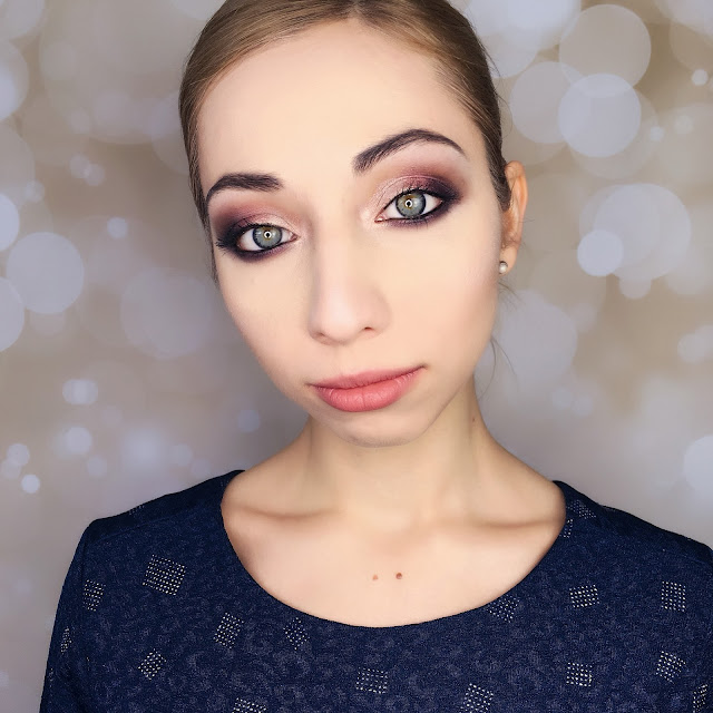 makijaż wieczorowy z połyskiem