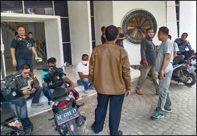 "Tanya lelang tender 2020 Kontraktor,LSM,ORMAS dan wartawan ""SAMBANGI"" Kantor ULP Lampung tengah"