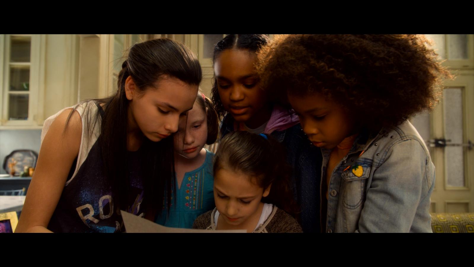 Annie (2014) 1080p BD25 2