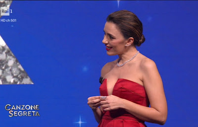 Serena Rossi conduttrice canzone segreta attrice