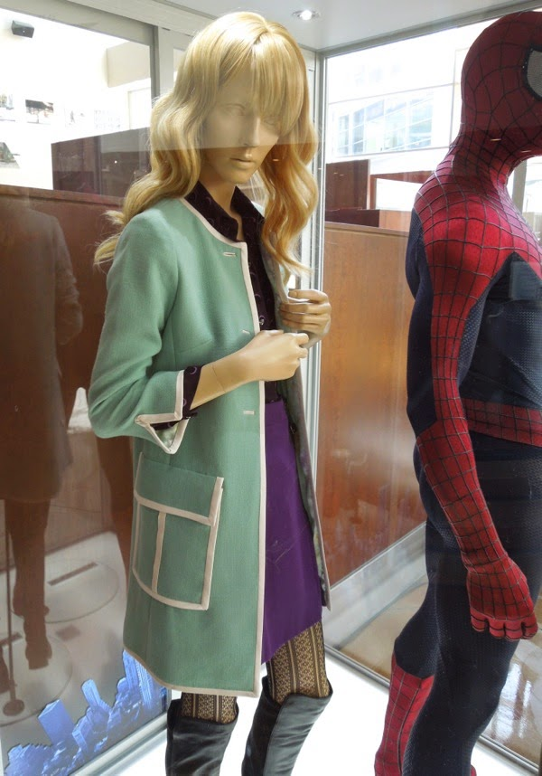 Amazing Spider-man 2 Emma Stone Gwen Stacy film costume & Hollywood Movie Costumes and Props: Spider-man and Gwen Stacy ...