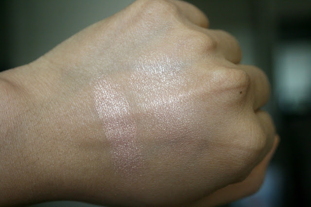 Laura Mercier Face Illuminator in Indiscretion Review, Photos, Swatches