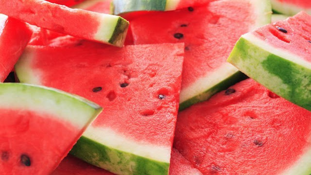 11 Major Side Effects Of Eating Too Many Watermelons