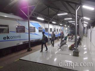 tiba di Stasiun Merak, Banten