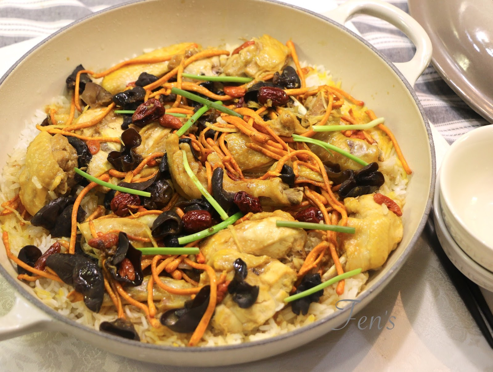Fen's Cooking: 鮮蟲草花焗雞飯
