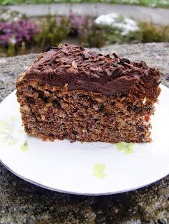 ciasto bezowe z bakaliami
