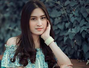 Angbeen Rishi Cantik