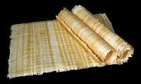 Papirüs bitkisinden yapılmış kağıtlar