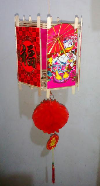 Lampion Angpau Segi Enam Desi Bebek