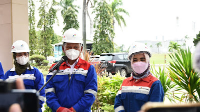 Di Dampingi Bupati Indramayu Nina Agustina, Menteri ESDM Arif Tasrif  Kunjungi Lokasi Kebakaran Pertamina Balongan