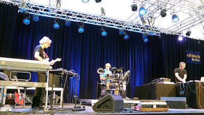 Manuel Göttsching, Harald Grosskopf, Steve Baltes - Ashra live @ Berlin UfaFabrik 2013 / photo S. Mazars