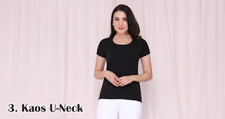 Kaos U-Neck merupakan salah satu kaos kekinian yang bisa kamu jadikan pilihan untuk souvenir