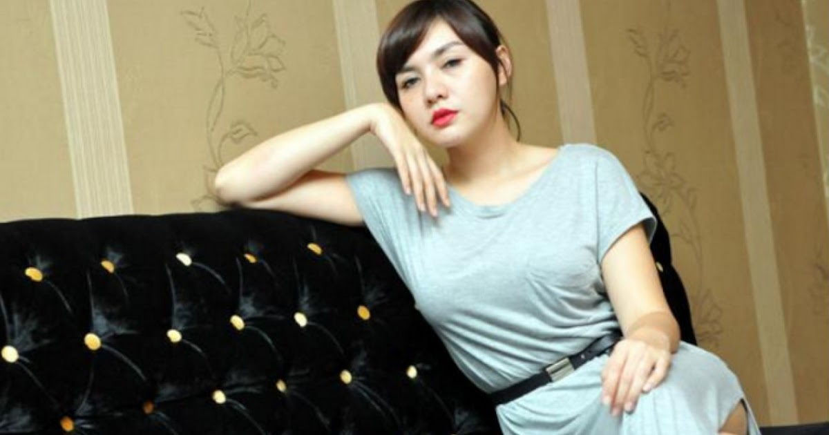 Biodata Vicky Shu Penyanyi Cantik Asal Cilacap Jawa Tengah