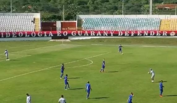 Guarany de Sobral vence o Palmas e se isola na liderança