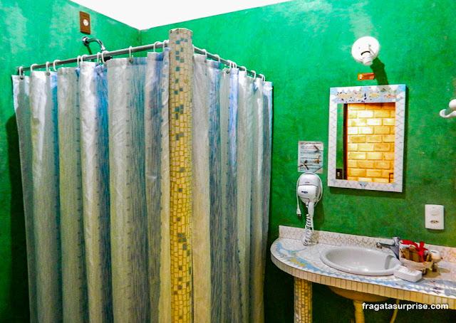 Banheiro da Pousada Mar Aberto, Fernando de Noronha