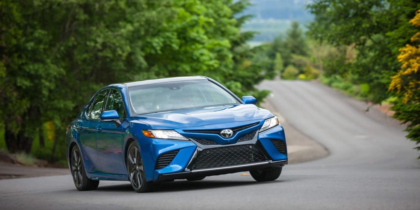 Toyota Camry sebagai Mobil Sedan Pilihan Terbaik