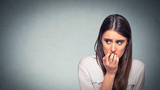 Ahli Kesehatan: Bebiasaan Orang saat Gugup Dapat Merusak Kesehatan