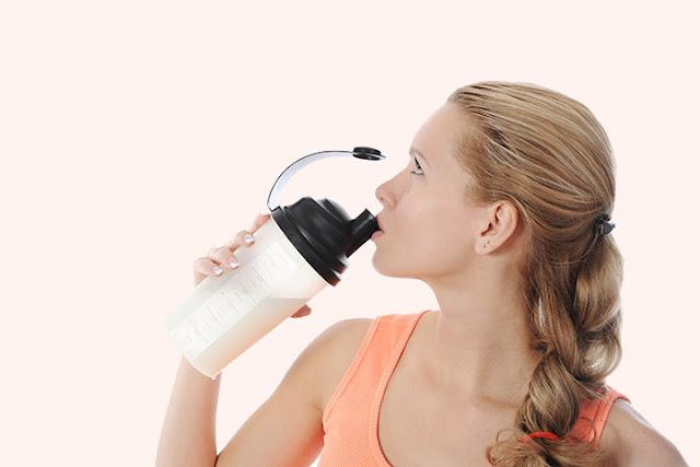 Польза и вред протеинового коктейля для подростка