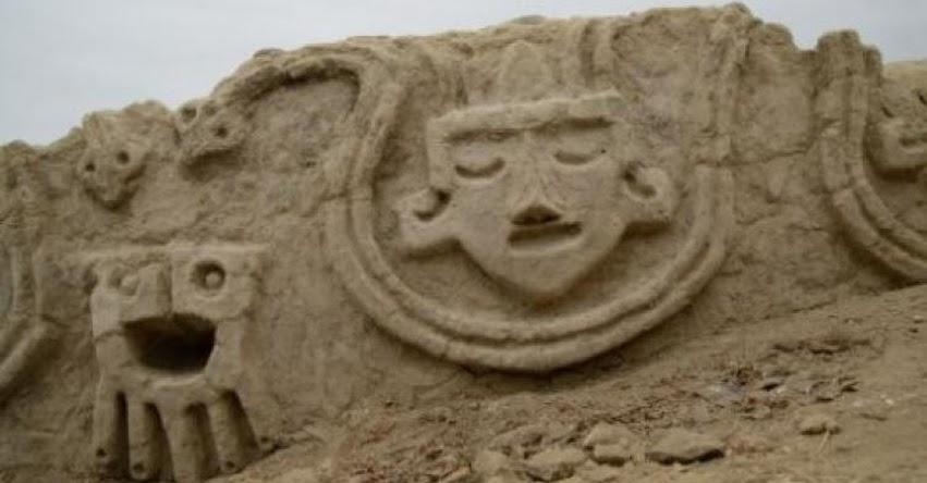 VICHAMA EN CARAL: Descubren nuevos frisos de 3,800 años de antigüedad en la provincia de Huaura- región Lima