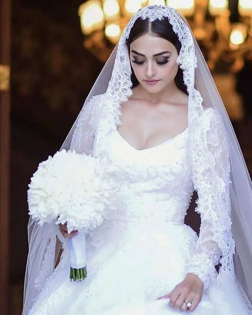 Esra Bilgic Got Married | Halima Sultan Got married
