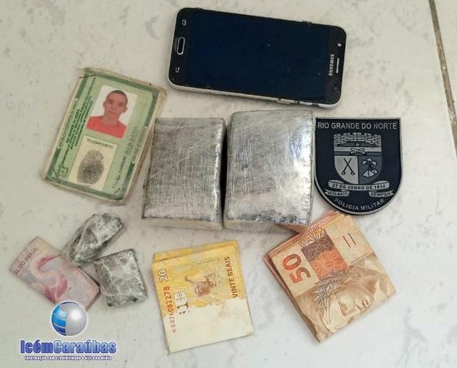 Polícia Militar prende jovem suspeito de  tráfico de drogas na cidade de Apodi, RN