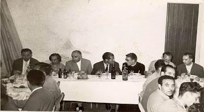 Comida en Castellar de N'Hug en el III Torneo Nacional de Ajedrez de La Pobla de Lillet 1957