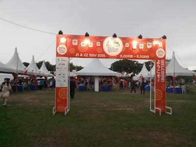 "<a href=""url gambar""><img alt=""festival kebudayaan jepang penang"" src=""urlgambar"" title=""festival kebudayaan jepang penang"" />"