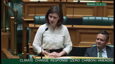 New Zealand Passes Law Targeting Net 'Zero Carbon' Emissions By 2050 (Watch)