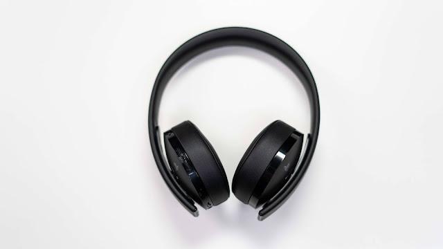 Best TV Headphones For Seniors