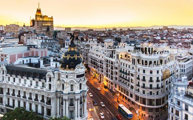 Críticas al control de precios del alquiler en España