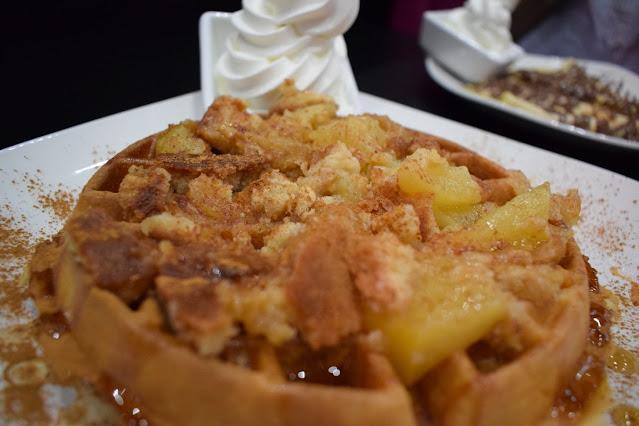 Kaspa's Desserts in Leeds Waffle crumble