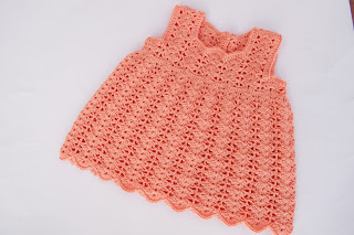 3-Crochet Imagen Vestido a crochet en forma de pichi o peto muy fácil