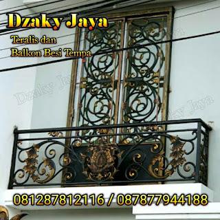 Gambar Balkon Tempa Klasik Jakarta Timur