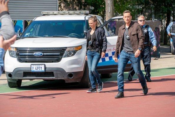 "NUP 187866 0037 595 - Chicago PD (S07E01) ""Doubt"" Season Premiere Preview + Sneak Peeks"