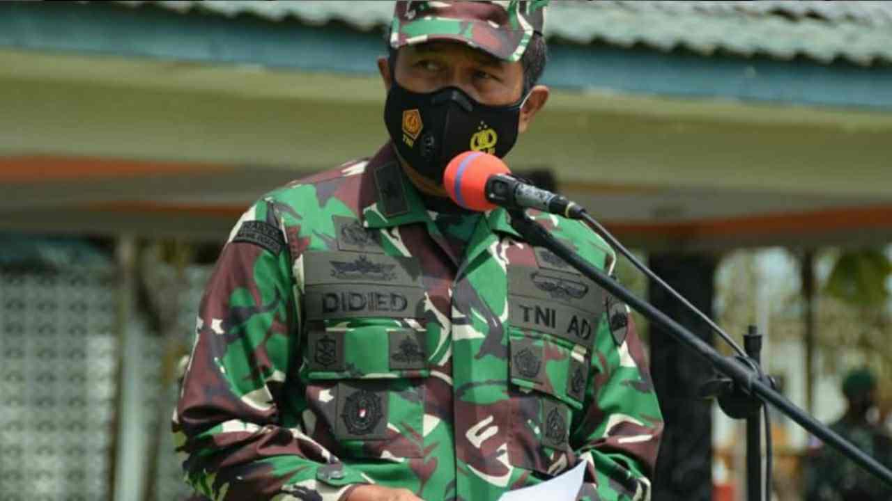 Kapala Staf Kodam I/BB Brigjen TNI Didied Pramudito Periksa Kesiapan Ops Satgas Pamtas RI-Papua Nugini Yonif 123/RW