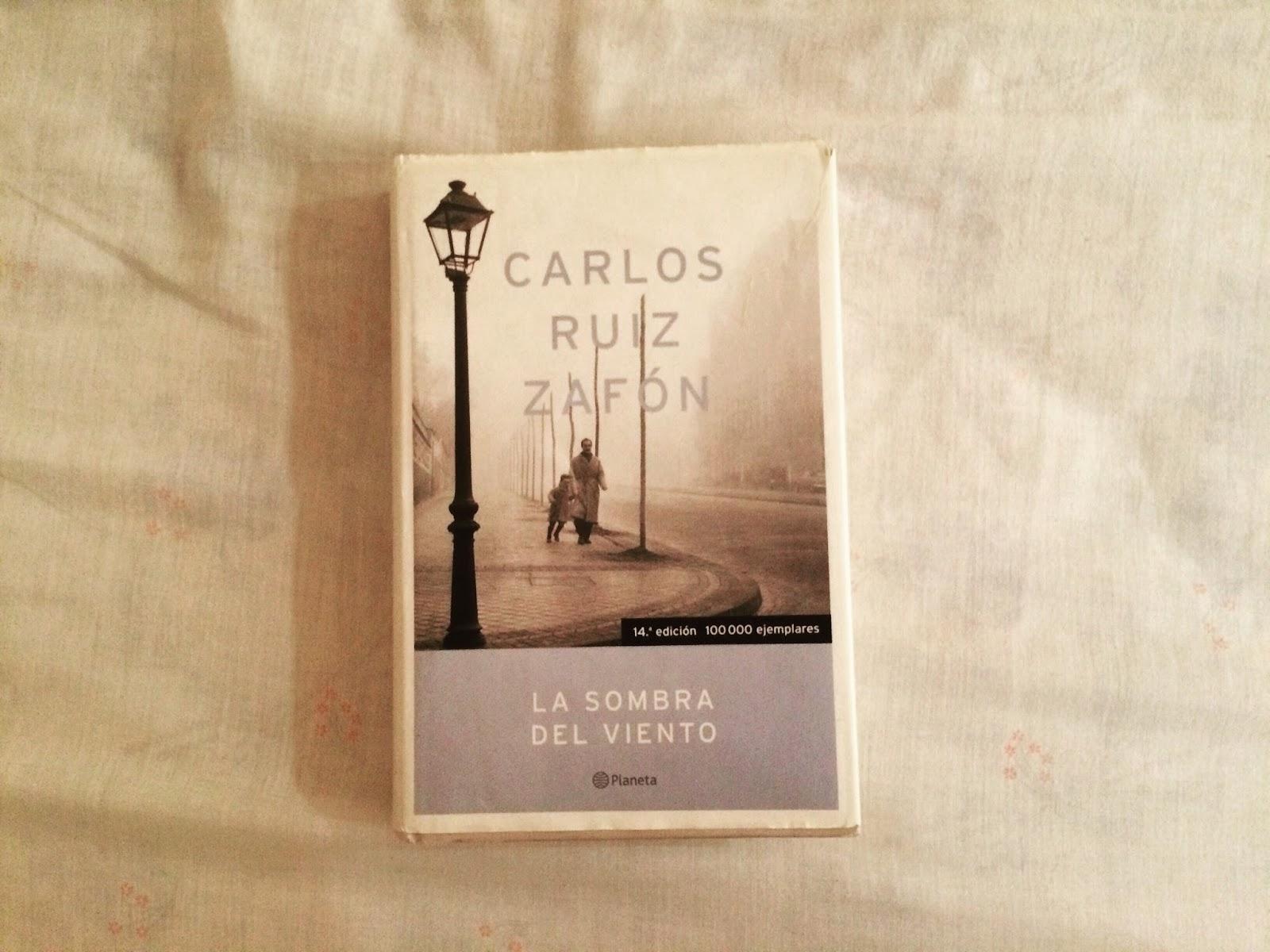 Reseña: La sombra del viento - Carlos Ruiz Zafón - Volando Entre Páginas