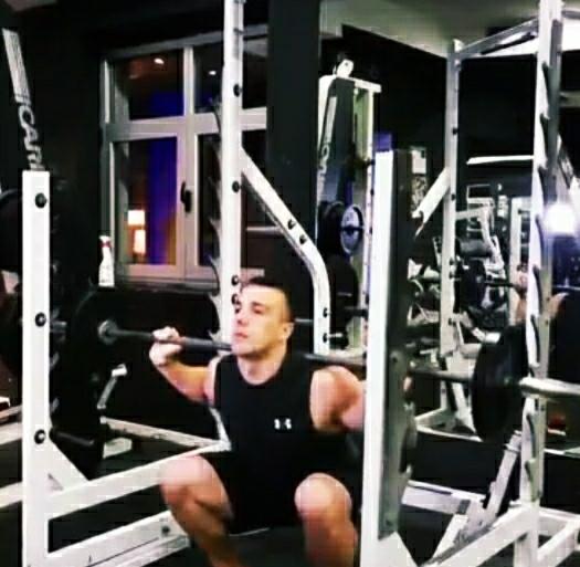 Back Squats exercise