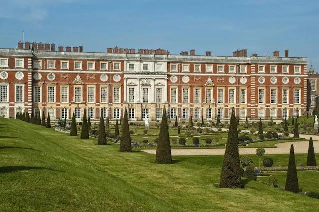 Hampton Court Surrey (England)